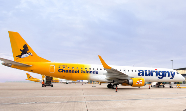 Aurigny Air Services a choisi  KLM UK Engineering pour la maintenance lourde de son E-Jet