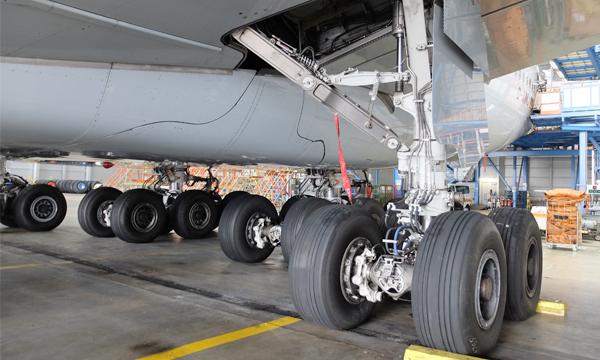 MRO Europe 2019 : Collins Aerospace signe un contrat majeur avec Lufthansa Technik sur les atterrisseurs des Airbus A380
