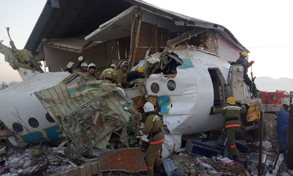 Un Fokker 100 de Bek Air s'écrase au Kazakhstan
