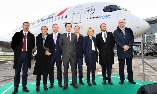 La France se dote d'une stratégie en faveur des biocarburants aéronautiques