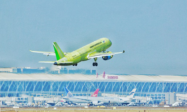 Privée de Singapore Airshow, la COMAC va pouvoir essayer d'avancer sur le C919