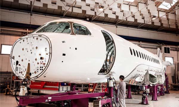 Dassault Aviation couve la nouvelle génération de Falcon