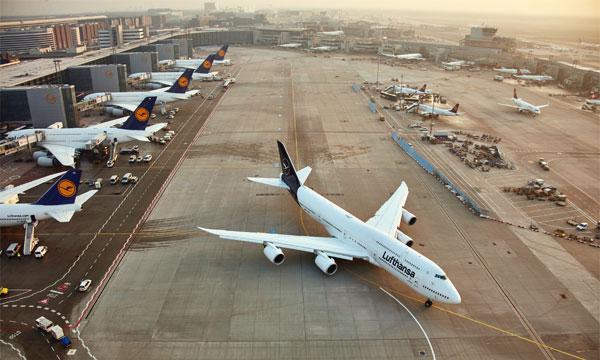 Lufthansa n'espère pas de reprise des vols avant trois mois