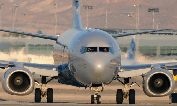 Boeing s'attend à une très forte baisse des services pour l'aviation commerciale