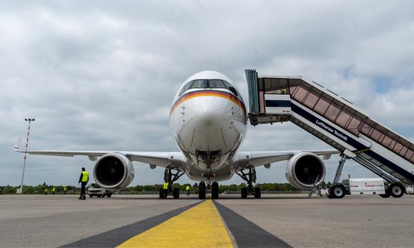Le premier Airbus ACJ350 entre en chantier d'aménagement cabine