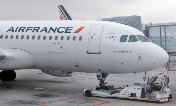 Les suppressions d'emplois d'Air France seront annoncées aux syndicats de la compagnie le 3 juillet
