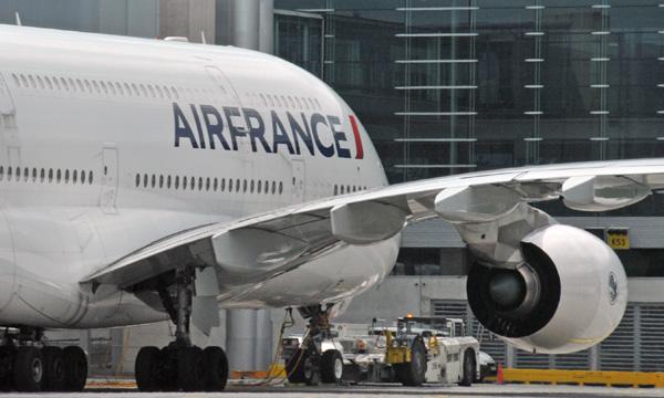 Air France : feu vert du syndicat majoritaire SNPL au départ volontaire d'environ 400 pilotes