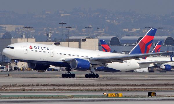 Delta Air Lines très prudent sur la reprise mais veut éviter les licenciements