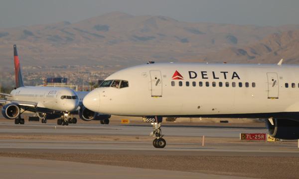 Les compagnies aériennes américaines s'enfoncent dans la crise