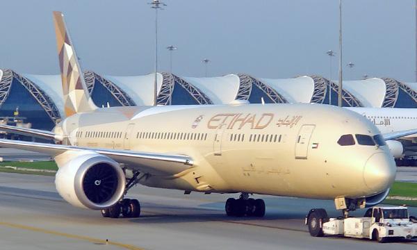 Etihad se rapproche encore de Boeing pour la maintenance de ses 787