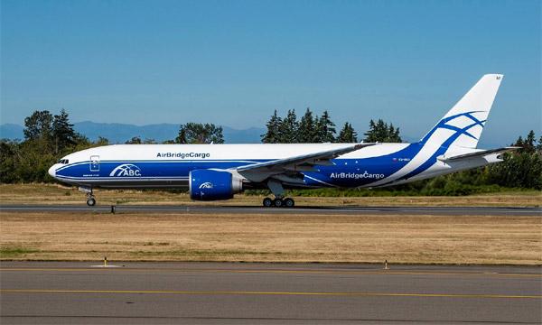 Volga-Dnepr se convertit au Boeing 777F