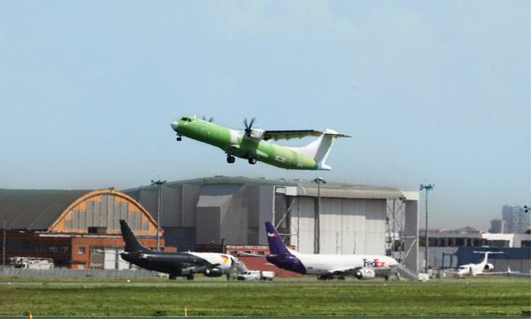 L'ATR 72-600F a pris son envol