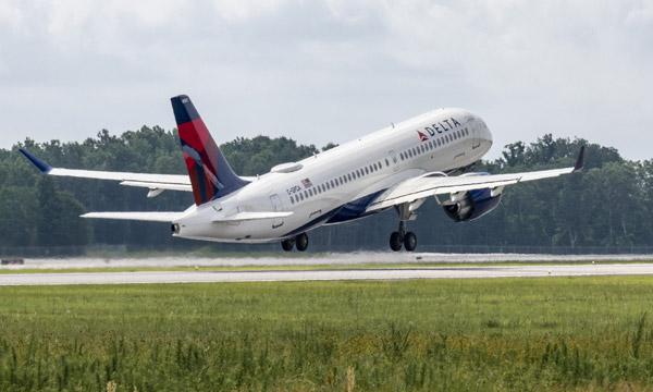 Le 1er Airbus A220 assemblé à Mobile est livré
