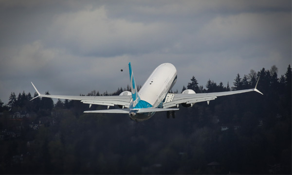 US regulators clear Boeing 737 MAX to fly again