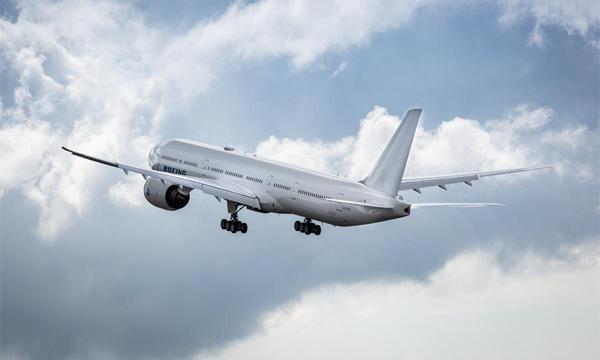 Boeing perd près de 12 milliards de dollars en 2020 et retarde l'entrée en service du 777X