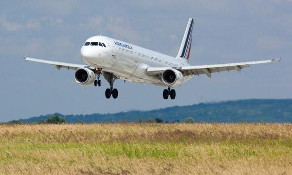 La restriction des vols intérieurs adoptée par l'Assemblée nationale